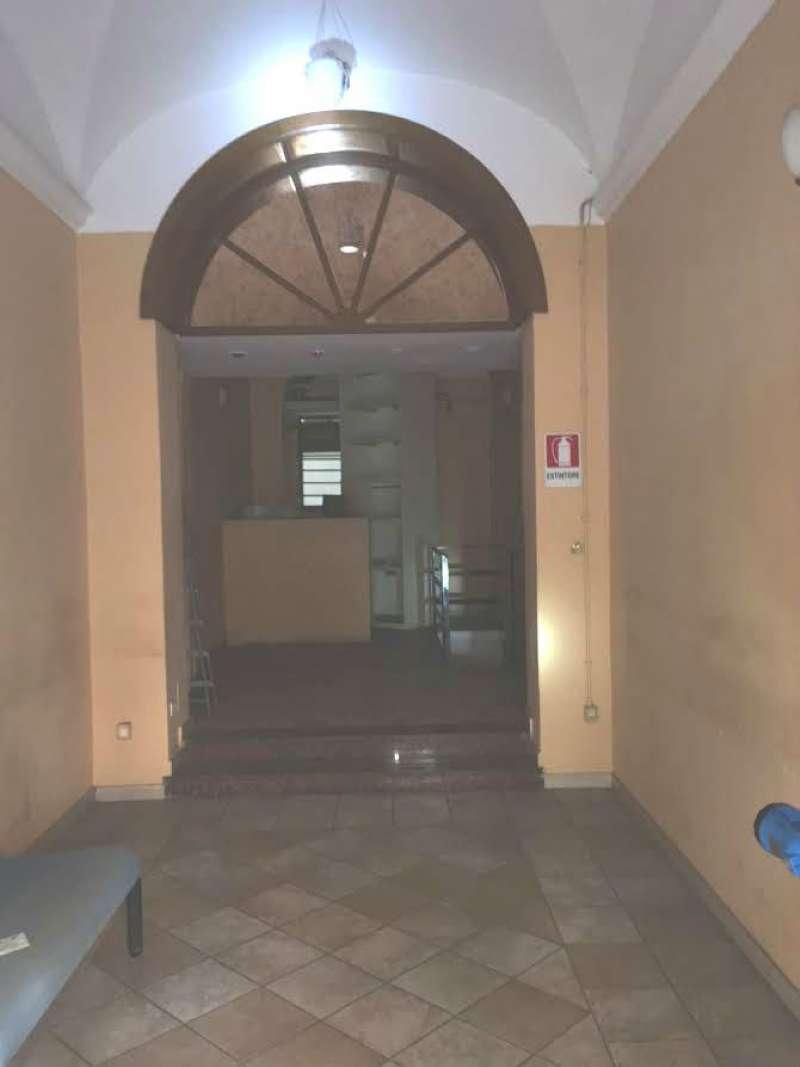 Locali commerciali in affitto a roma in zona rione monti for Cerco locali commerciali in affitto roma