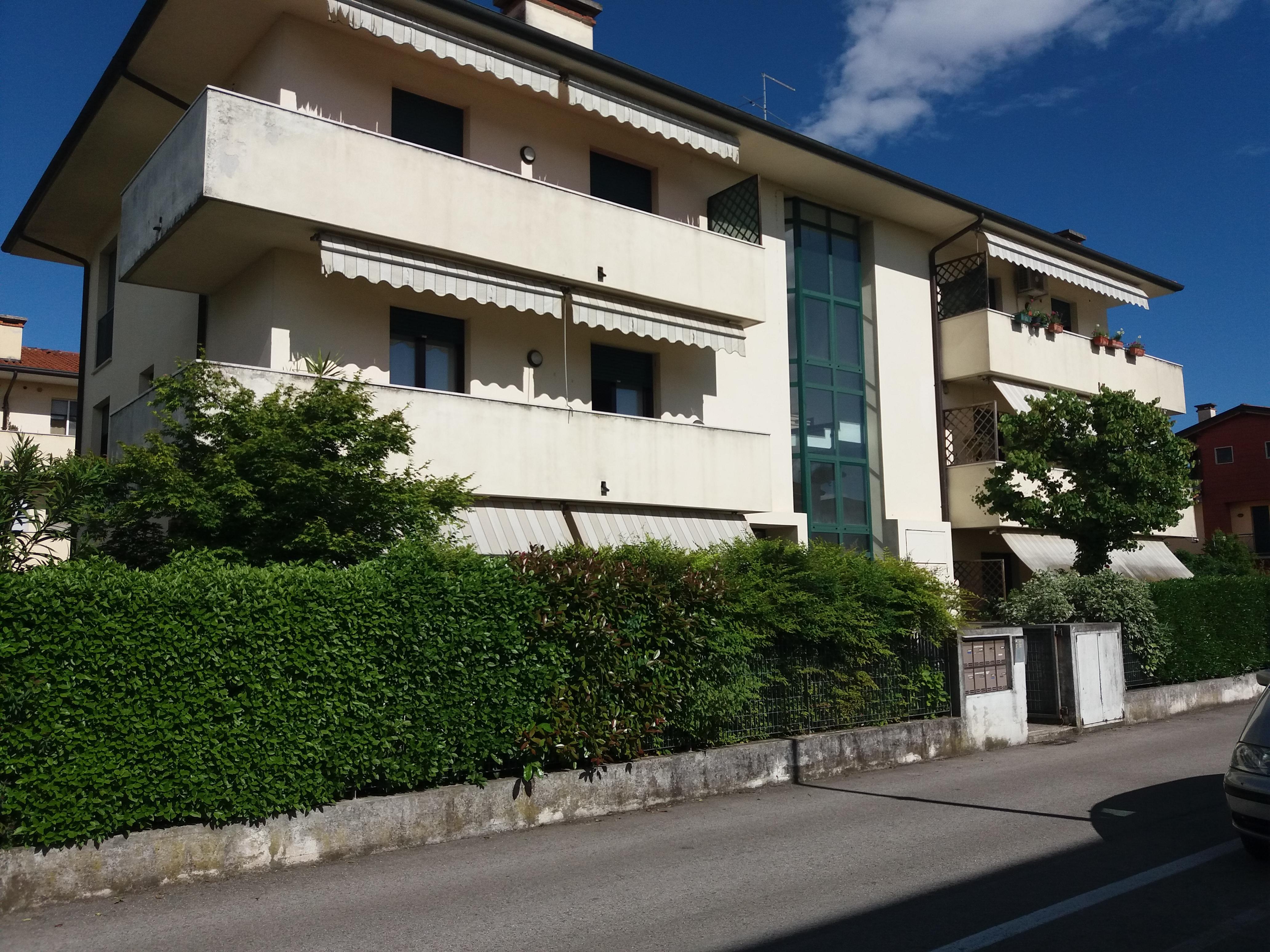 L Angolo Della Ceramica Costabissara.Appartamento Quadrilocale In Vendita A Costabissara Agenzie