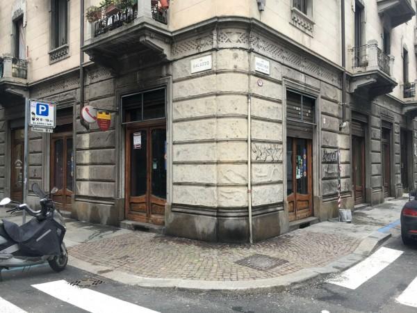 Locale Commerciale  in vendita a Torino, Residenziale, 170 mq