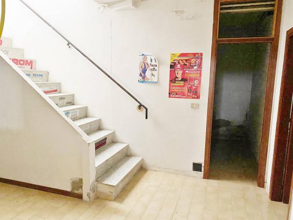 Vendita locale commerciale a Città Di Castello - La Tina img