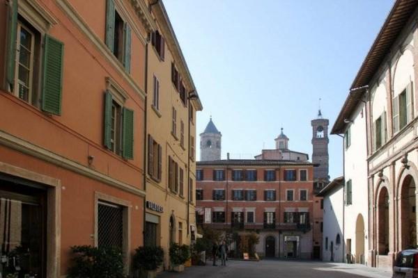 Affitto locale commerciale Città Di Castello - Centro Storico