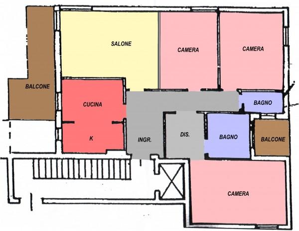Appartamento con tre camere e terrazzo