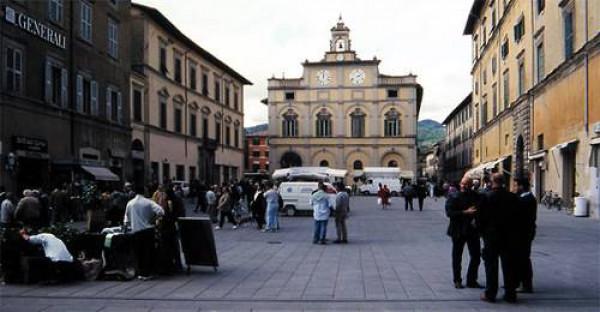 Affitto locale commerciale a Città Di Castello - Via Dei Tre Nonni