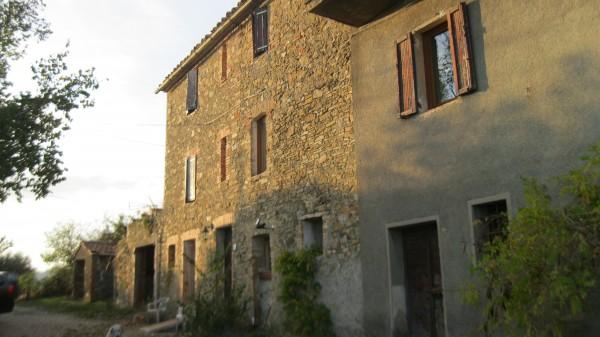 Locale Commerciale  in vendita a Magione, Borgogiglione, 400 mq.