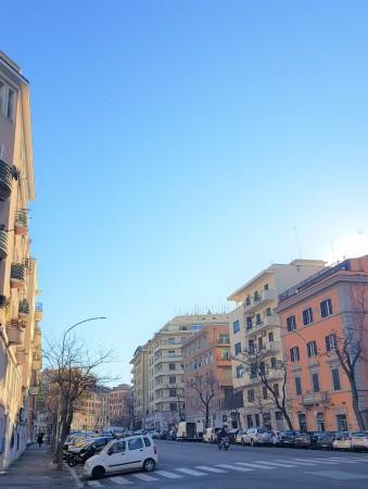 RE DI ROMA, VIA TARANTO LOCALE C1 120 MQ