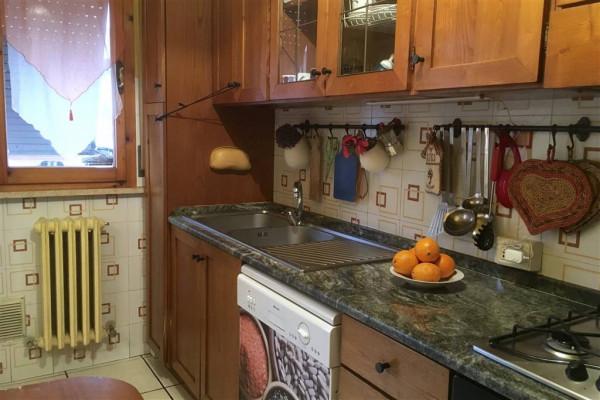 Appartamento in vendita a Città di Castello, La Tina, Con giardino, 85 mq. img
