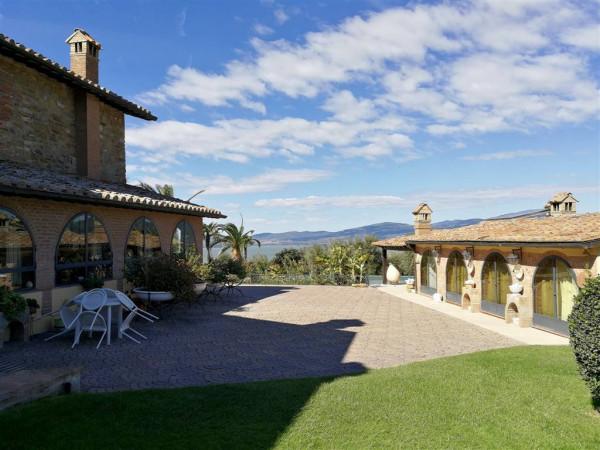 Rustico/Casale in vendita a Magione, Monte Del Lago, Con giardino, 530 mq.