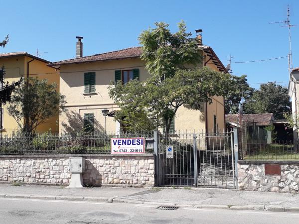 Spoleto Viale Marconi - Villino indipendente cod. 2109