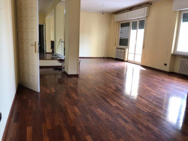 Appartamento in vendita a Perugia, Via Filosofi, 141 mq.