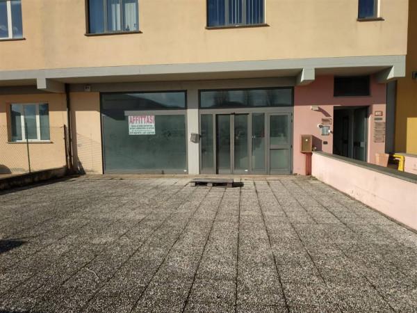 Vendita locale commerciale a Città Di Castello - Riosecco