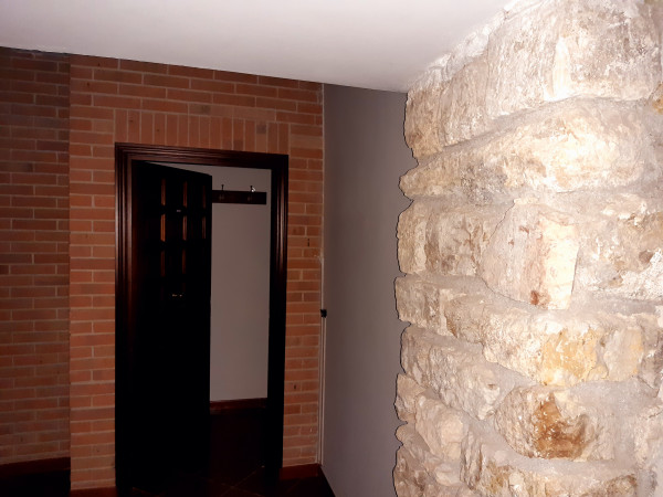Bilocale in affitto a Spoleto, Centro Storico, 51 mq.