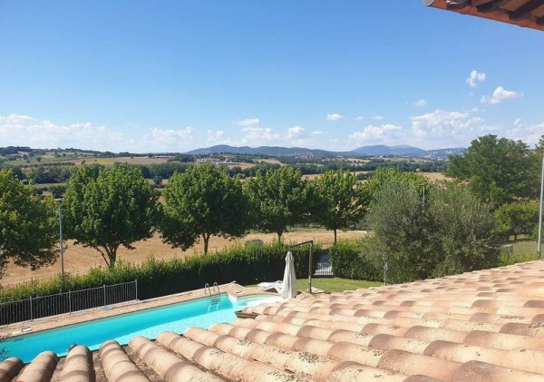 Villa in vendita a Perugia, San Martino In Colle, 300 mq.