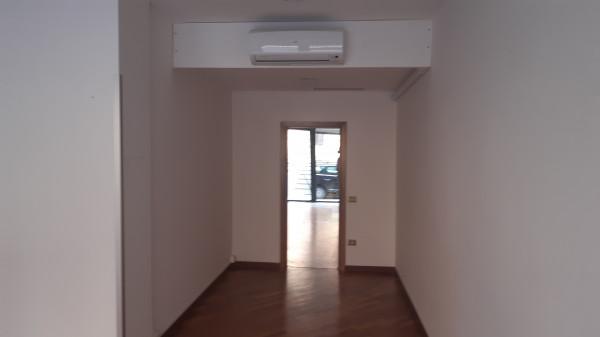 Affitto locale commerciale a Spoleto - Via Cerquiglia, 147 img